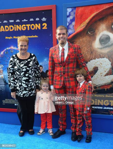 Teresita Lavandeira Mia Alma Lavandeira blogger Perez Hilton and Mario Armando Lavandeira III arrive for the premiere of Warner Bros Pictures'...
