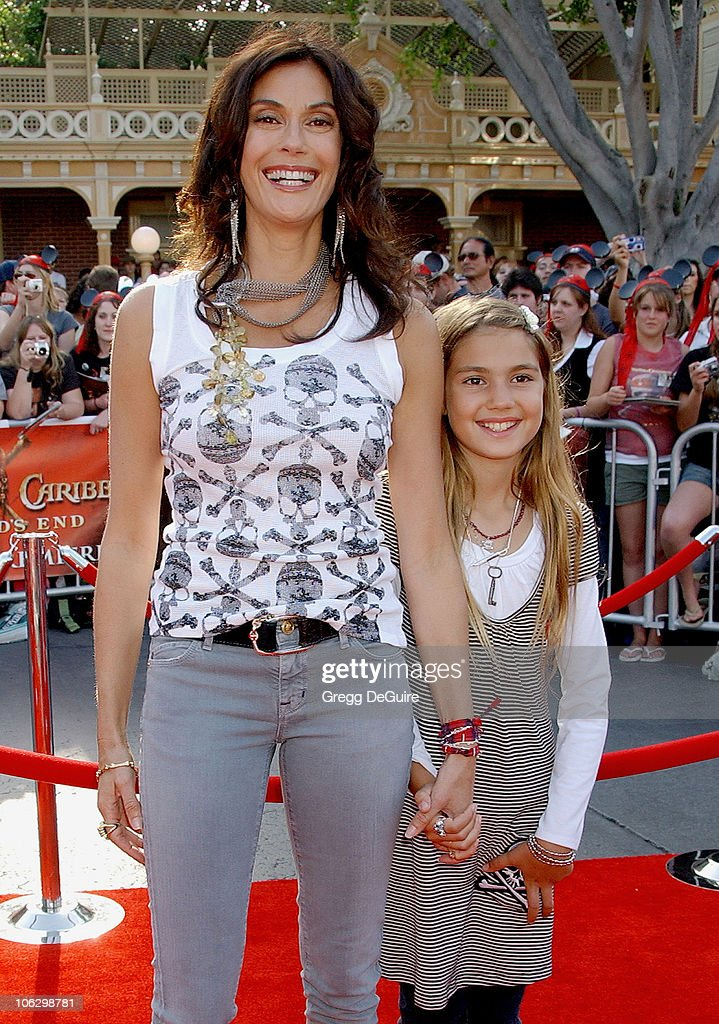 Teri Hatcher and daughter Emerson Rose during 'Pirates of the Caribbean: At World's End' World Premiere - Arrivals at Disneyland in Anaheim, California, United States.