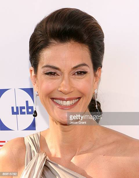 Teri Hatcher arrives at the 8th Annual Comedy for a Cure at Boulevard3 on April 5 2009 in Hollywood California