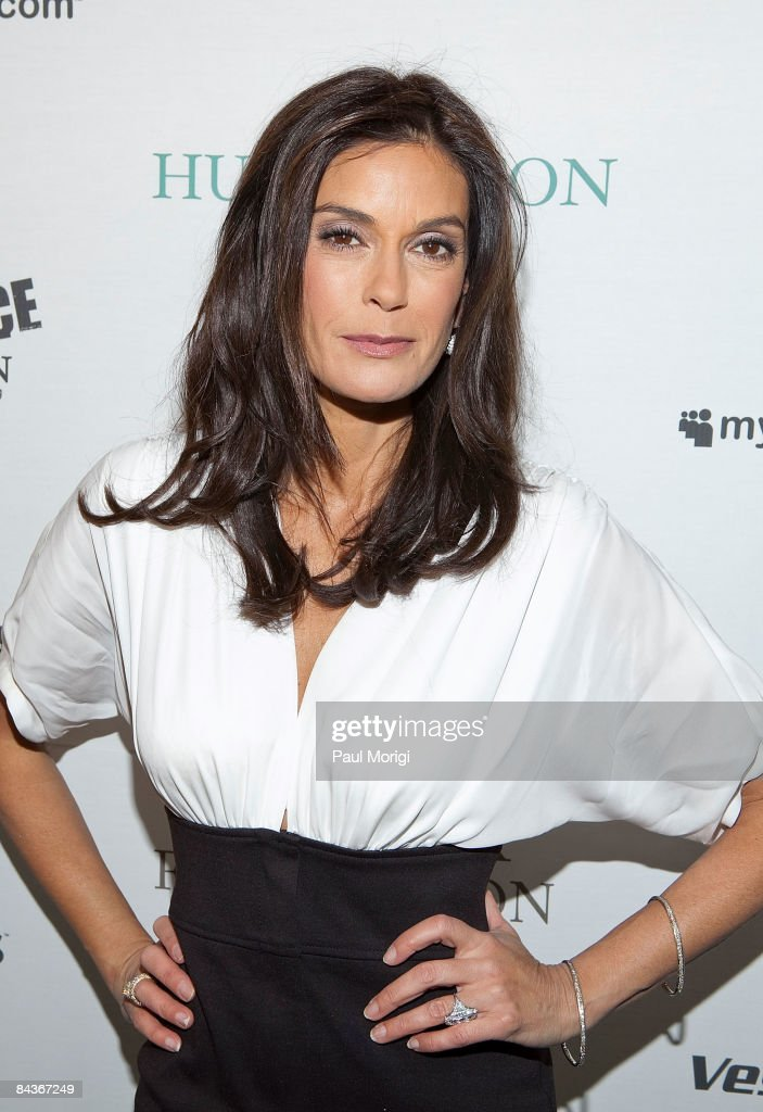 Teri Hatcher at The Huffington Post pre-inaugural ball at the Newseum on January 19, 2009 in Washington, DC.