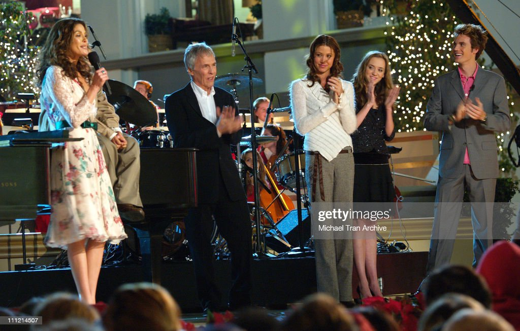 The 4th Annual Holiday Show and Tree Lighting Ceremony at The Grove : News Photo