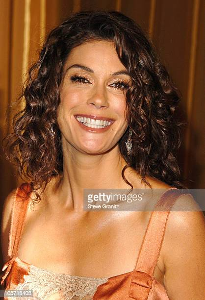 Teri Hatcher during 57th Annual Directors Guild of America Awards Arrivals at Beverly Hilton Hotel in Beverly Hills California United States