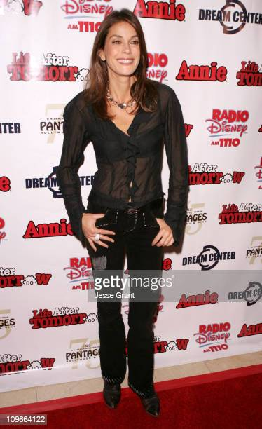 Teri Hatcher during 'Kids Night' with Cast of 'Annie' Past Present Help Hurricane Katrina Orphans to Benefit the Dream Center LA at The Pantages...