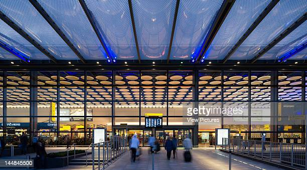 Terminal 4 Heathrow AirportLondonUnited Kingdom Architect 3D Reid Lighting Design By Pinniger Partners Heathrow Airport Terminal 4 Departures 2010...