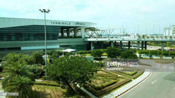 t3 terminal - aeroporto internacional de indira gandhi, nova deli, índia - indira gandhi international airport - fotografias e filmes do acervo