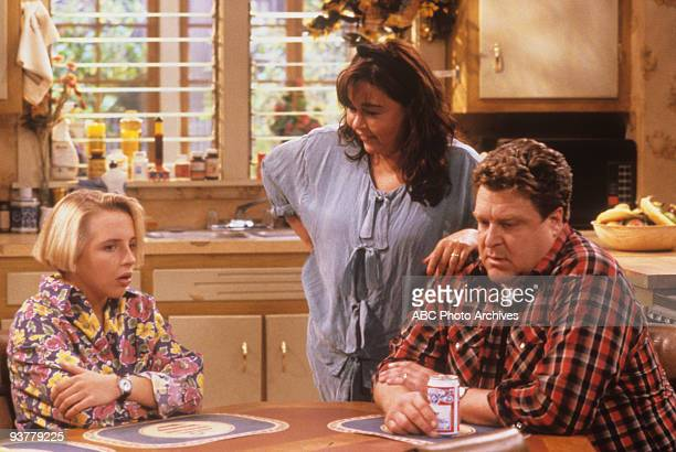 ROSEANNE 'Terms of Estrangement Part 1' Season Five 9/15/92 Lecy Goranson Roseanne Barr John Goodman on the ABC Television Network comedy 'Roseanne'...