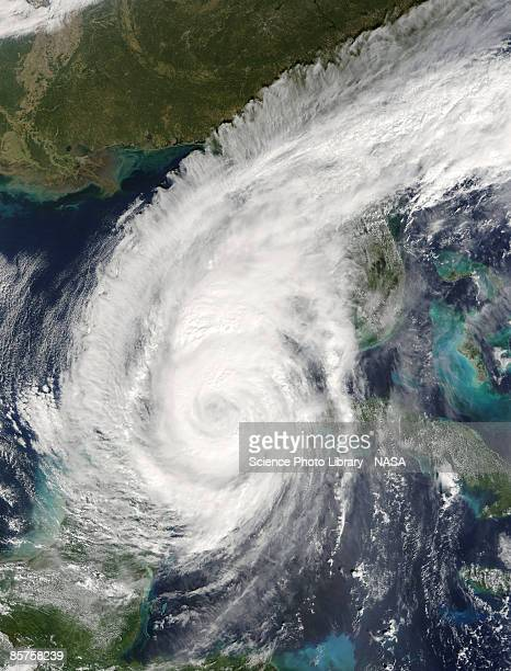 terra satellite image of hurricane wilma as it approaches florida - orkaan stockfoto's en -beelden