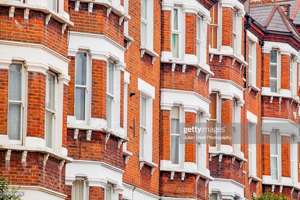 Terraced houses in Clapham, London : Stock Photo