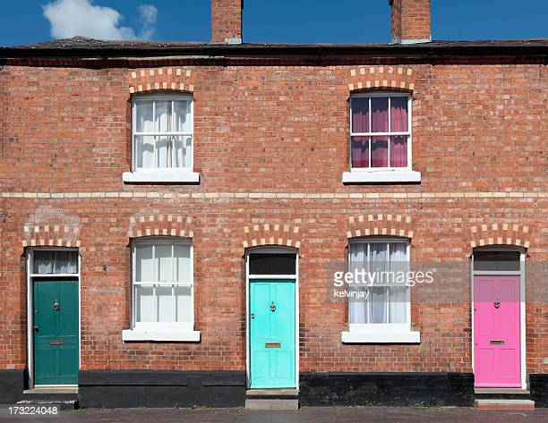 terraced houses - facade stock pictures, royalty-free photos & images
