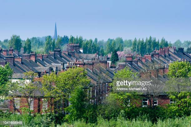 terraces of houses near the city center of stoke on trent, staffordshire, uk - stoke on trent stock pictures, royalty-free photos & images