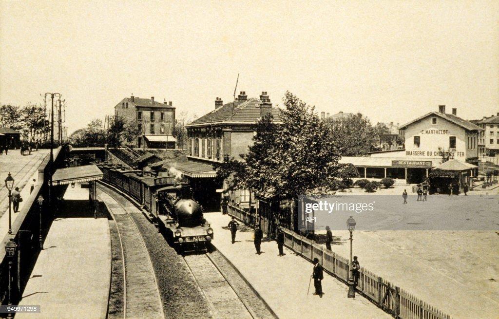 Terrasse De La Gare De Saint Etienne France News Photo