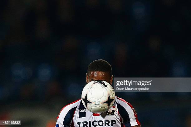 Terrel Ondaan of Willem II runs with the ball during the Dutch Eredivisie match between Willem II Tilburg and FC Twente held at Koning Willem II...