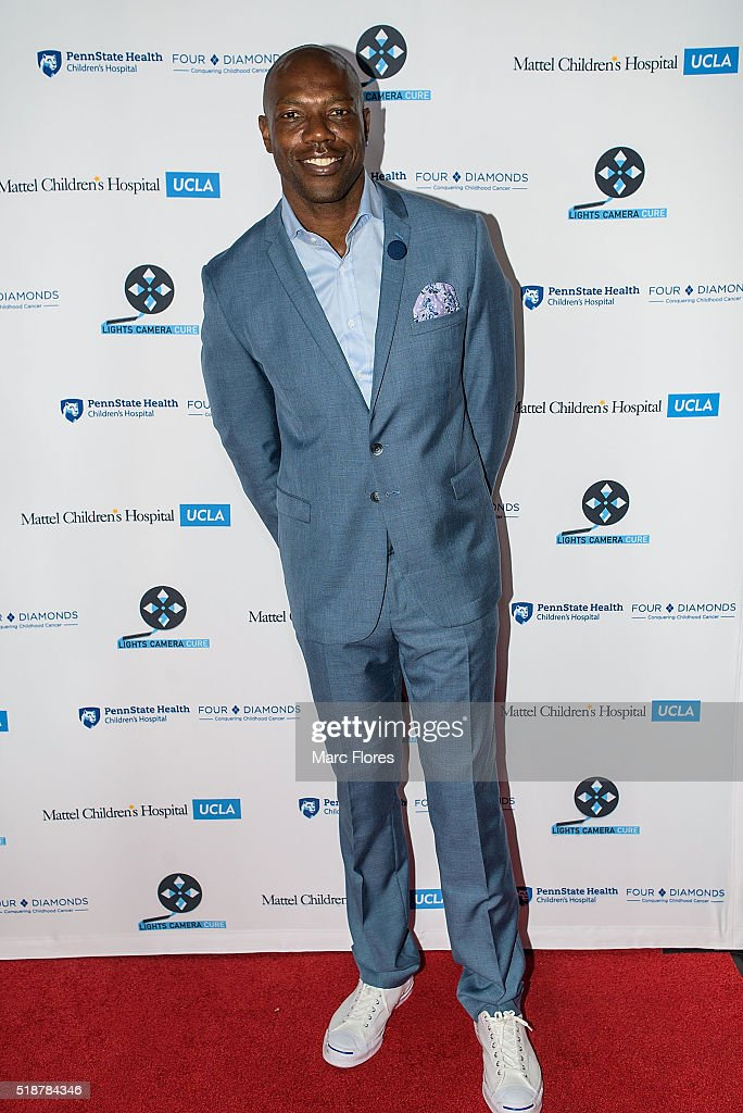 Terrell Owens arrives at Lights Camera Cure - 5th Annual Hollywood Dance Marathon at Avalon on April 2, 2016 in Hollywood, California.