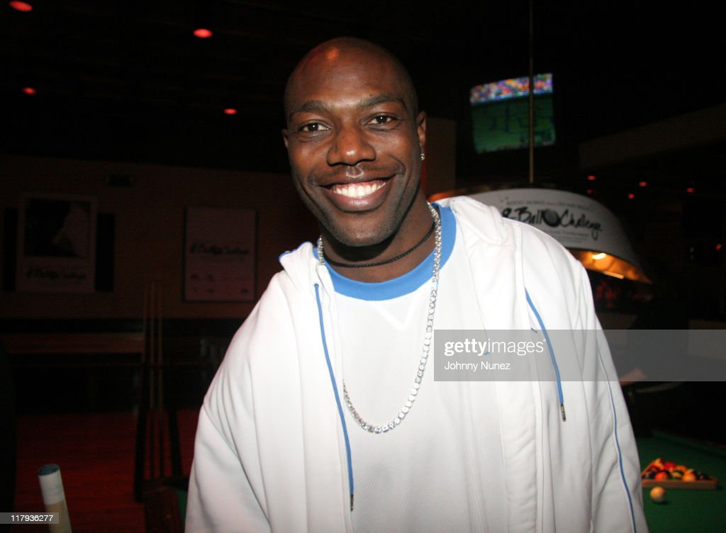 Terrell Owens during Boost Mobile Presents ZO and Magic's 8 Ball Challenge Celebrity Pool Tournament at Jillian's of Houston in Houston, Texas, United States.