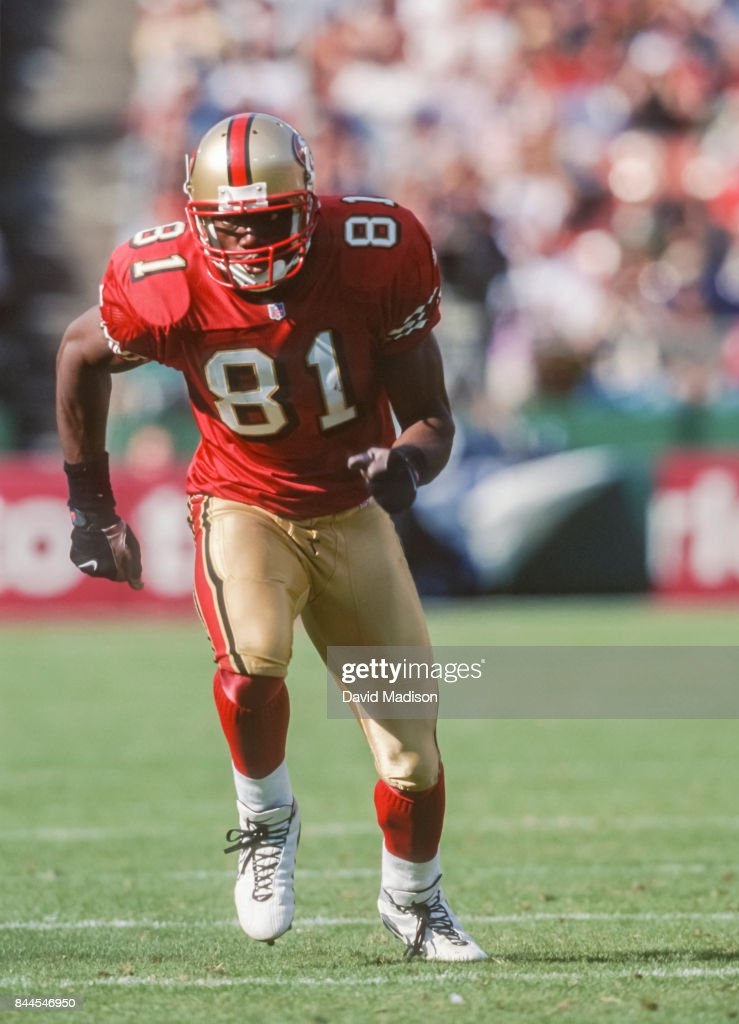 terrell-owens-of-the-san-francisco-49ers