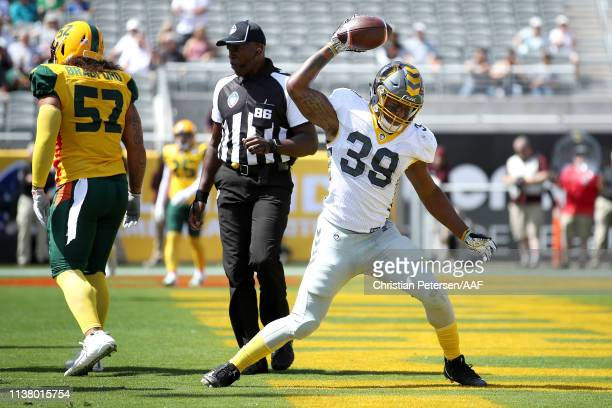 Terrell Watson of the San Diego Fleet celebrates his rushing touchdown against the Arizona Hotshots during the first half of the Alliance of American...
