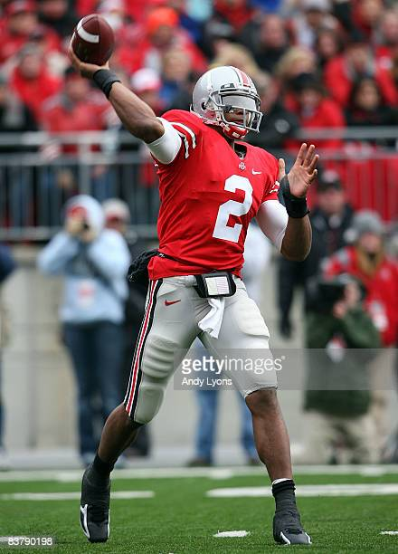 Terrelle Pryor of the Ohio State Buckeyes throws a pass the during the Big Ten Conference game against the Michigan Wolverines at Ohio Stadium on...