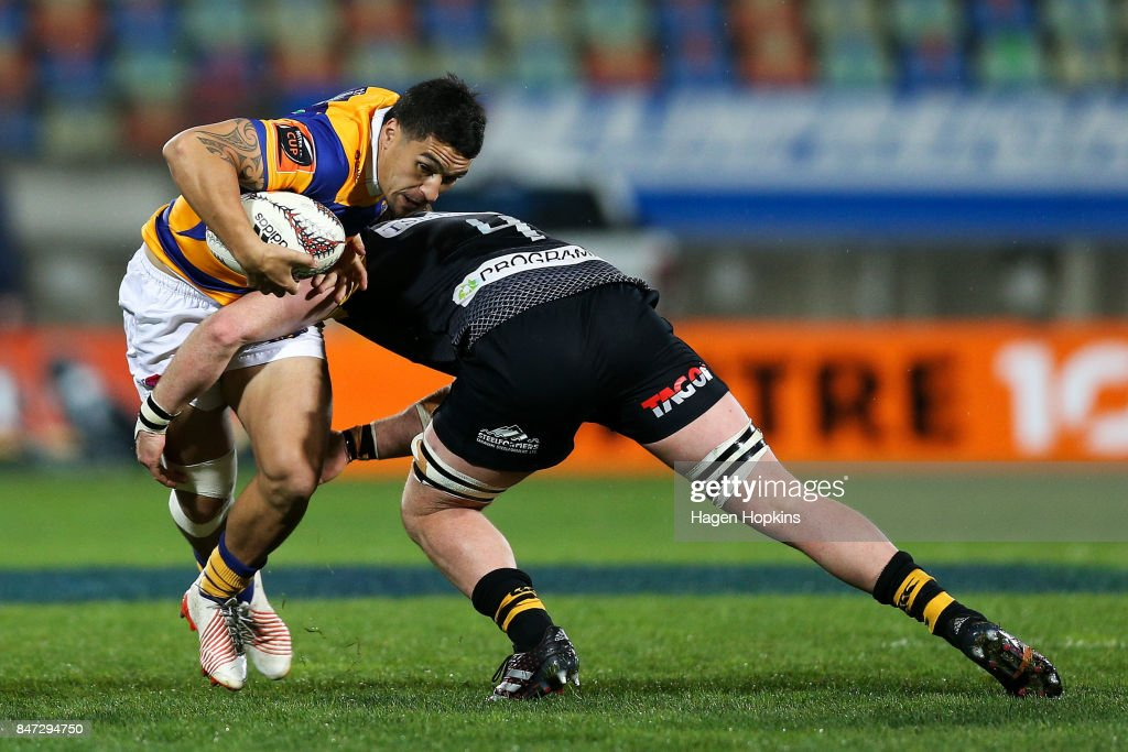 Terrence Hepetema of Bay of Plenty is tackled by Brad Tucker of Taranaki during the round five Mitre 10 Cup match between Taranaki and Bay of Plenty at Yarrow Stadium on September 15, 2017 in New Plymouth, New Zealand.