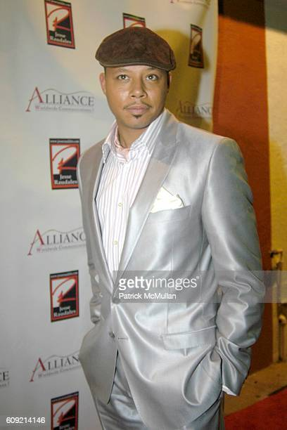 Terrence Howard attends Olympic Artist Jesse Raudales Peace for the Children Art Show at Los Angeles on February 9 2007
