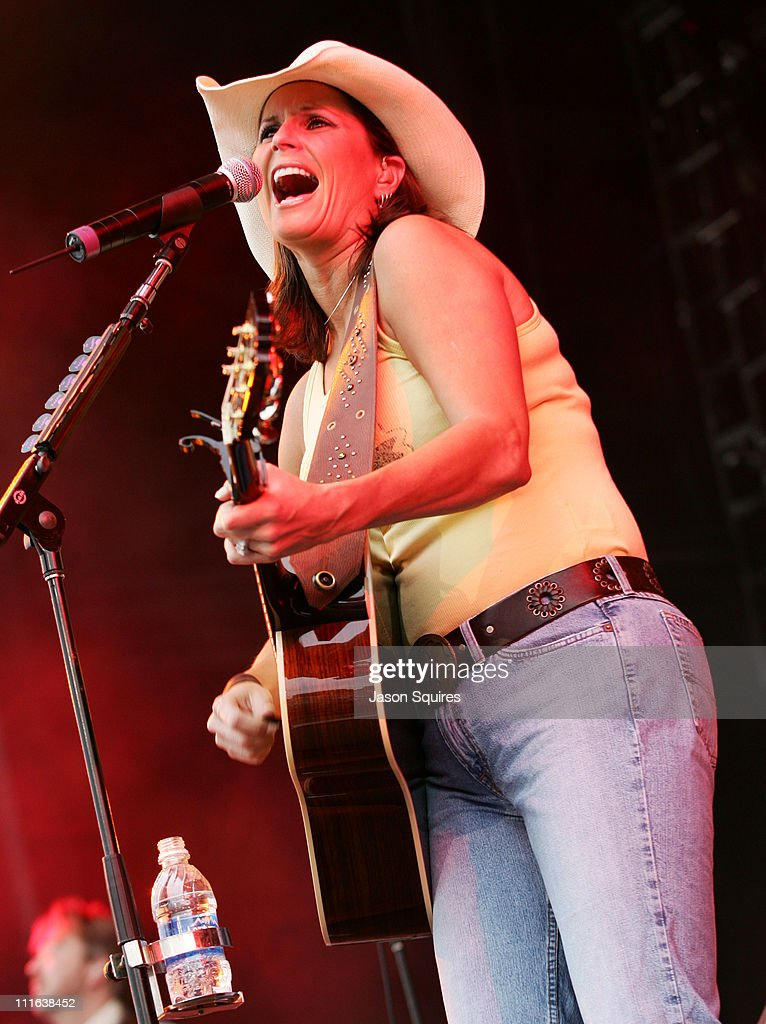 Terri Clark during Terri Clark in Concert at Verizon Wireless Amphitheater in Bonner Springs - May 28, 2005 at Verizon Wireless Amphitheater in Bonner Springs, Kansas, United States.