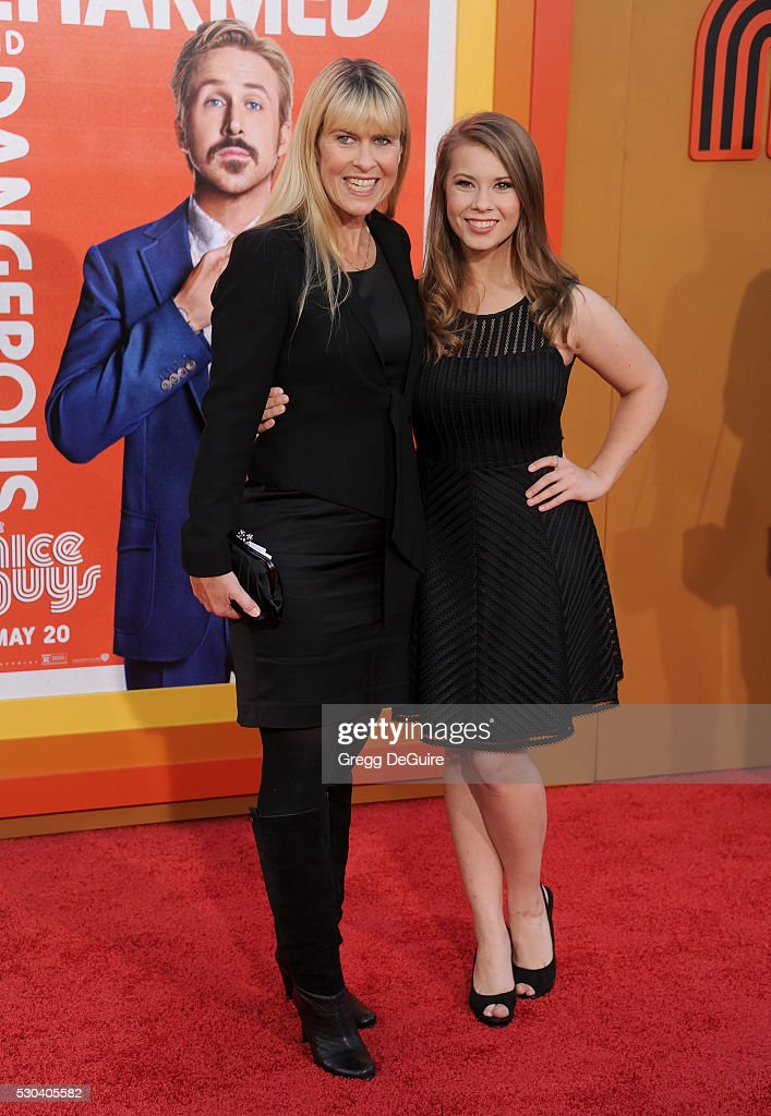 Terri Irwin and Bindi Irwin arrive at the premiere of Warner Bros. Pictures' 'The Nice Guys' at TCL Chinese Theatre on May 10, 2016 in Hollywood, California.