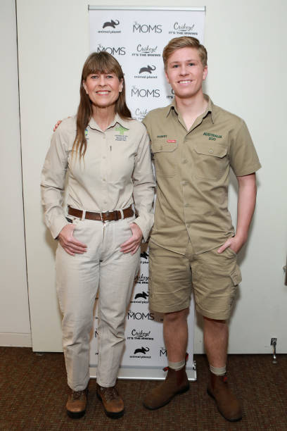 "NY: The MOMS With Terri & Robert Irwin Celebrate New Season Of ""Crikey It's The Irwins"" Ahead Of Steve Irwin Day"