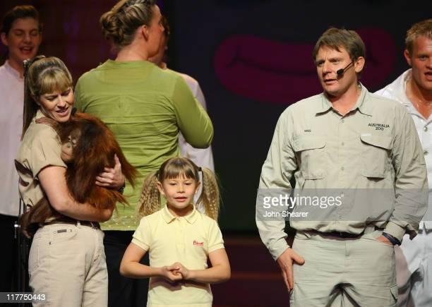 Terri Irwin Bindi Irwin and Wes Mannion Queensland's Australia Zoo Director