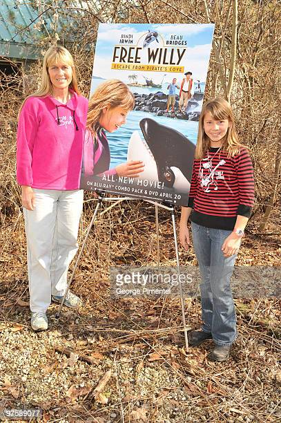 Terri Irwin with daughter Bindi Irwin as Bindi promotes her new movie 'Free Willy Escape from Pirate's Cove' at the Toronto Zoo on March 9 2010 in...