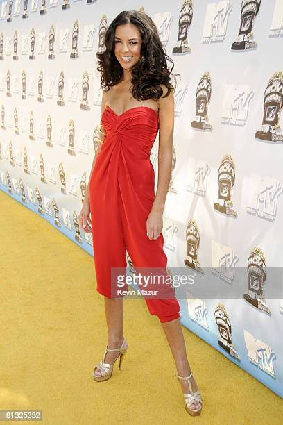 Terri Seymour arrives to the 2008 MTV Movie Awards on June 1, 2008 at the Gibson Amphitheatre in Universal City, California.