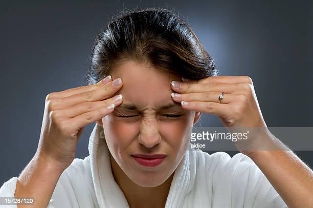 terrible dolor de cabeza