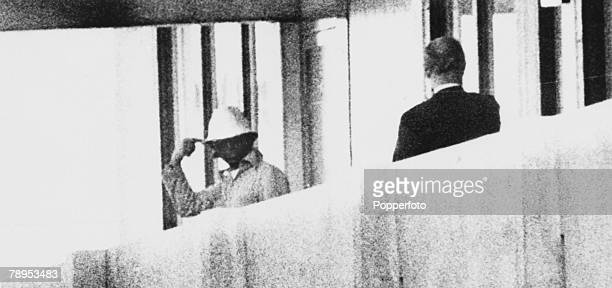 Terrorism, 1972 Olympic Games in Munich, pic: September 1972, An International Olympic Committee member talks to an Arab guerilla on a balcony