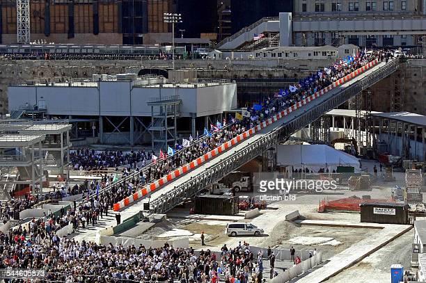 Gedenkfeiern zum 5 Jahrestag der Terroranschlaege auf das World Trade Center in New York Rund um Ground Zero wo bis zu den Anschlaegen vom 11...