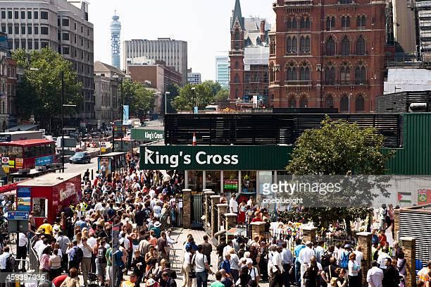 爆弾テロリストが攻撃の地下鉄でロンドン、king's cross - 2005年 ストックフォトと画像