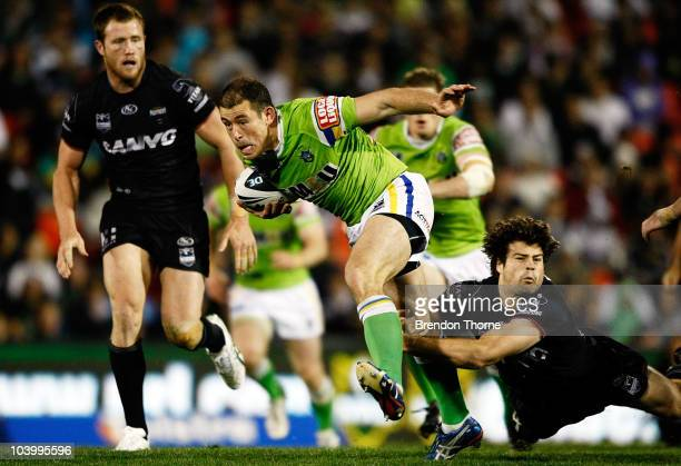Terry Campese of the Raiders breaks the Panthers defence during the NRL Third Qualifying Final match between the Penrith Panthers and the Canberra...