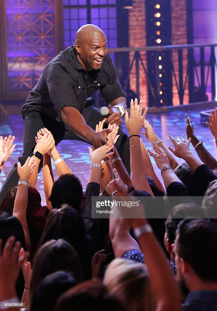 Terry Crews Performs Onstage During Spike Tvs Lip Sync Battle All