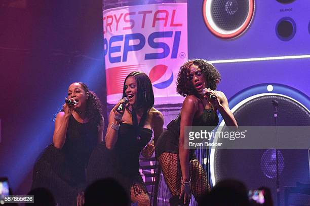 Terry Ellis Cindy Herron and Rhona Bennett of En Vogue perform onstage at Crystal Pepsi Summer of '92 at Terminal 5 on August 9 2016 in New York City