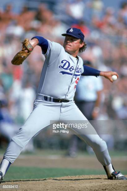 Terry Forster of the Los Angeles Dodgers delivers a pitch during a MLB season game in March of 1982.