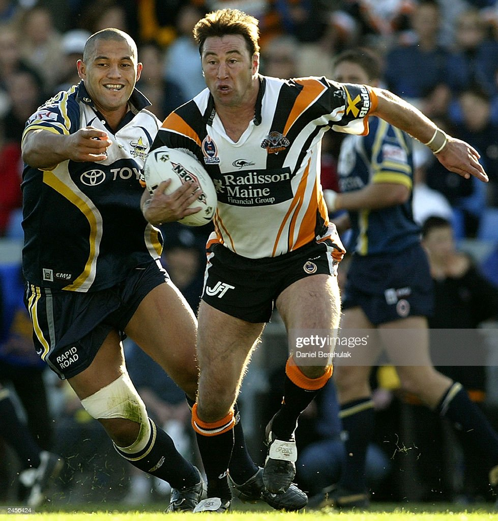 Terry Hill #13 of the Tigers in action during the round 25 NRL match between the Wests Tigers and the North Queensland Cowboys at Campbelltown Oval August 31, 2003 in Sydney, Australia.