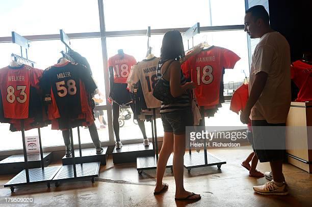 purchase cheap a552c 4021a Denver Broncos Team Store Premium Pictures, Photos, & Images ...