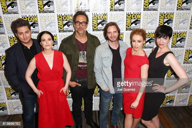 Terry Matalas Emily Hampshire Aaron Stanford Todd Stashwick Amanda Schull and Alisen Down attend the '12 Monkeys' press line at ComicCon...