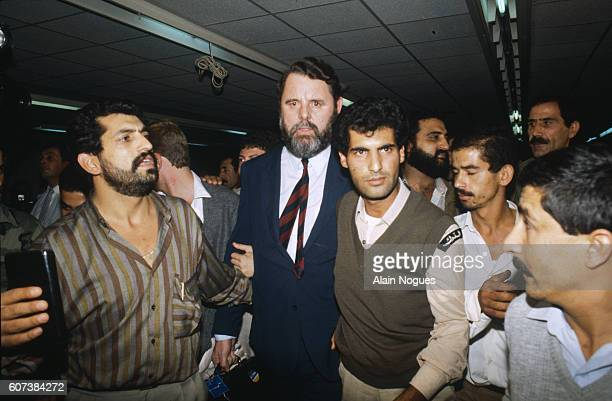 Terry Waite was the special envoy of the Archbishop of Canterbury. In 1985, Terry Waite agreed to negotiate for the freedom of four Americans held in...