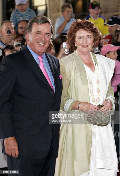 Terry Wogan Attends A Gala Dinner During The All Star Golf Cup 2005 At Celtic Manor In Wales