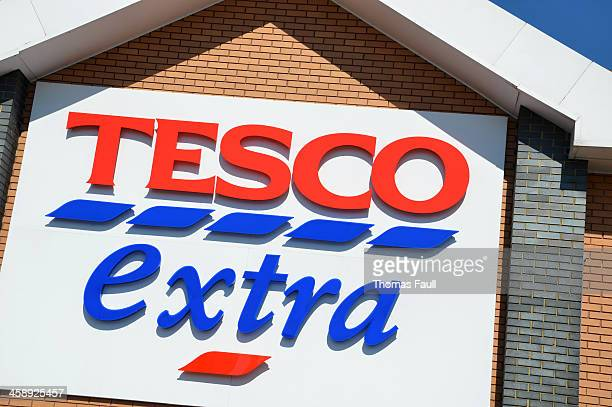 Tesco Extra sign detail