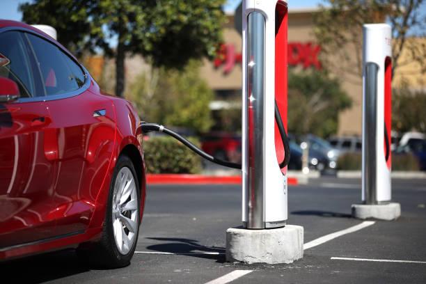 CA: California Governor Newsom Announces Ban Of Gas-Powered Cars By 2035