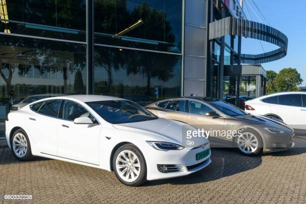 tesla model s all-electric luxury sedan car - tesla model s stock photos and pictures