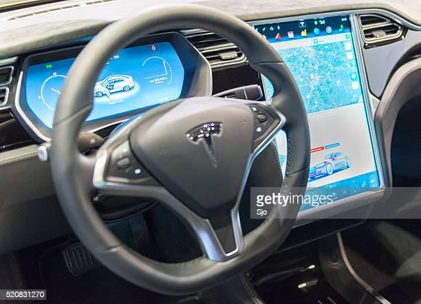 Tesla-Modell ist komplett Elektro Luxus-dashboard