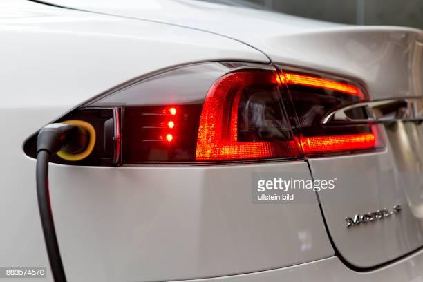 Tesla model S recharging
