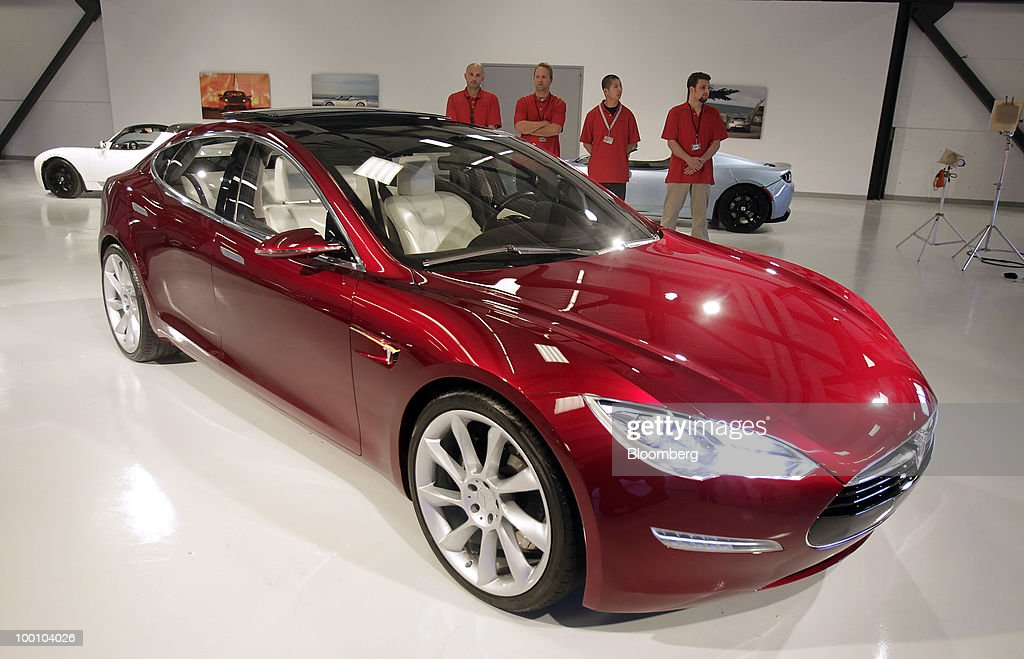 Tesla Motors Inc.'s Model S electric car is seen on display at the company's headquarters in Palo Alto, California, U.S., on Thursday, May 20, 2010. Toyota Motor Corp. will acquire a $50 million stake in California electric-car maker Tesla Motors Inc. as automakers compete to introduce less-polluting vehicles in the U.S. Photographer: Tony Avelar/Bloomberg via Getty Images
