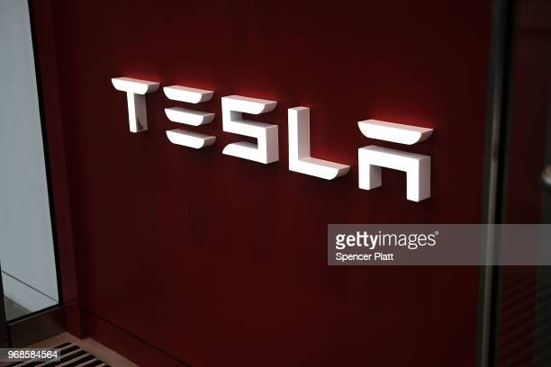 Tesla showroom stands in the Meatpacking district in Manhattan on June 6 2018 in New York City Tesla stock had its best day since November 2015 on...