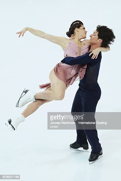 Tessa Virtue and Scott Moir of Canada compete during Senior Ice Dance Free Dance on day three of the ISU Junior and Senior Grand Prix of Figure...